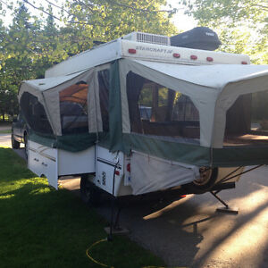 12' tent trailer with slide out