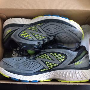 Brand New Men's NB New Balance 860 v7 Running Shoes