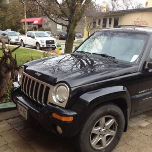 2004 Jeep Liberty Limited Edition SUV, Crossover