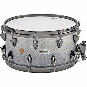 Orange-County-25-Ply-Maple-Vented-Snare-Drum-14x7-Inch-Silver-S