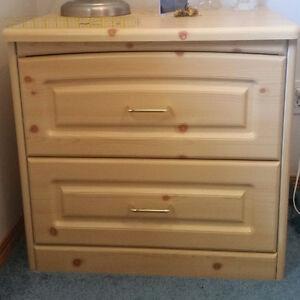 Three piece dresser set