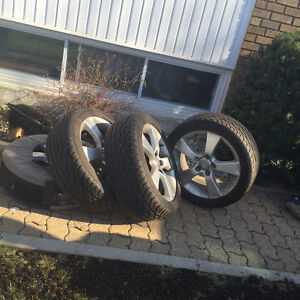 4 mags Mazda 3 NEUF + 4 pneus GOODYEAR EAGLE GT 205/50R17