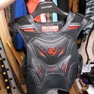 Icon Field Armour Stryker vest L/XL $95