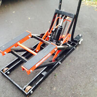 motorcycle/garden tractor lift