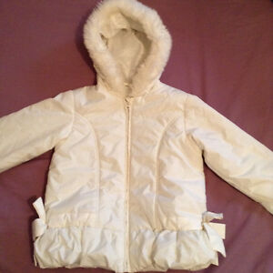 L@@K TWO coats for $5 age/size 3 perfect condition Spring/summer