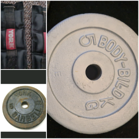 2 x 5kg plates and YORK ankle Weights