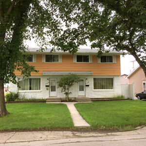 408 Froom Crescent / Can be Furnished /Short Term
