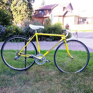 Classic 1988 Italian made BIANCHI BRAVA Road Bike