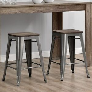2 tabourets neufs/ new stools