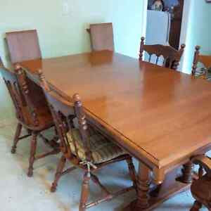 Buy Or Sell Dining Table Sets In Sault Ste Marie Furniture Kijiji
