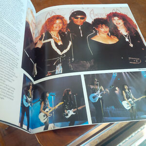 The Bangles, Includes Full Colour Poster, 1989 Kitchener / Waterloo Kitchener Area image 2