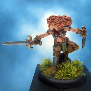 Painted-Reaper-Miniature-Serris-Female-Fighter-Thief