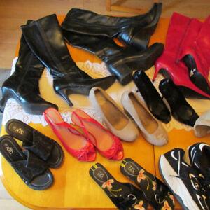LOT de chaussures et escarpins  super mode pour femme