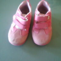 Pink butterfly shoes-size 5