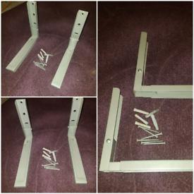 Kitchen shelf/brackets for microwave