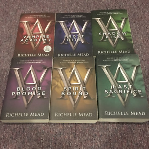 Richelle Mead Vampire Academy full book series