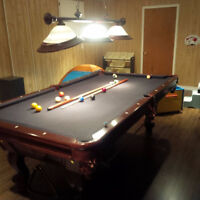 100%Solid oak Mahogany color pool table for sale