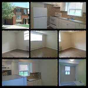 2 Bedrooms Apartment in the New Toronto, Lakeshore, Kipling area