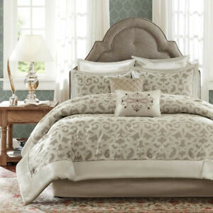 (Brand New) Madison Park Signature Comforter Set Ivory QUEEN