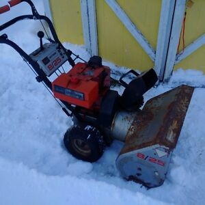 "Craftsman Snowblower 8hp 25"" cut"