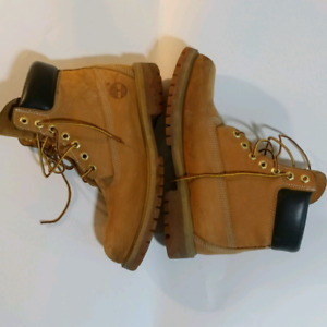 "Timberland Wheat 6"" Boots"