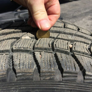 DUNLOP GRASPIC DS-1 225/55R16 STUDLESS WINTERS - PAIR