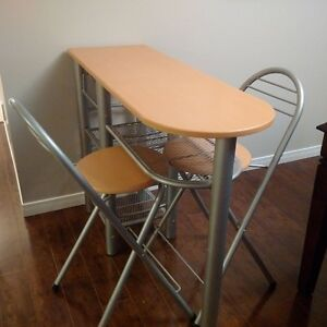 Kitchen bar table with two stools