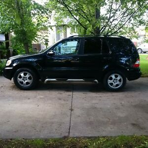 2004 Mercedes-Benz M-Class SUV, Crossover