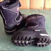 BAFFIN MUSTANG WINTER BOOTS Size 7