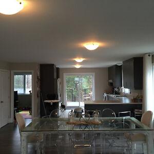 """Grand jumlée/Maison a louer possibilité d""""option d'achat."""