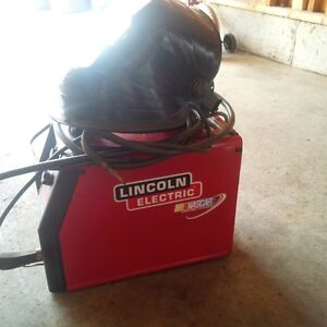 Welder mac pak 100 flux like new