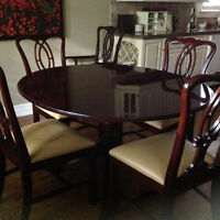 GIBBARD 9 pc Dining Room Suite