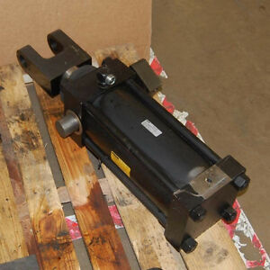 "5"" or 6"" Hydraulic Cylinder London Ontario image 2"