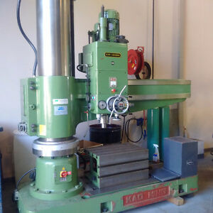 KAO MING KMR- 1600DH RADIAL ARM DRILL PRESS Stratford Kitchener Area image 1
