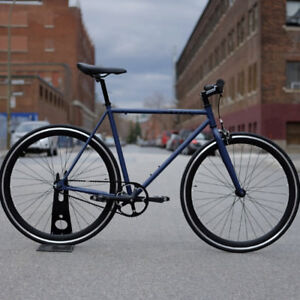 Fixie bike only 389$, Designed in Montreal, with free shipping!