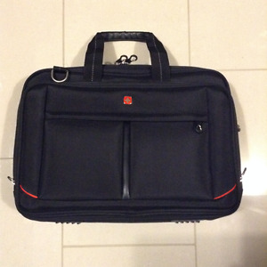 $50..... brand new SWISSGEAR Laptop Travel Bag