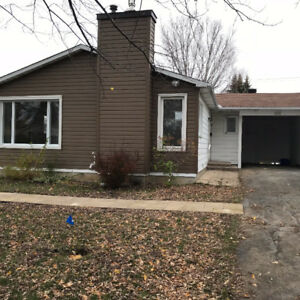 3 Bedroom Upper Level of a BungaHouse in Orleans