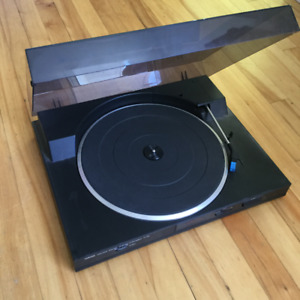 Table tournante YAMAHA turntable