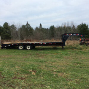 2013 Flat Bed Trailer