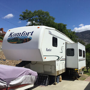 Komfort 26 fifth wheel