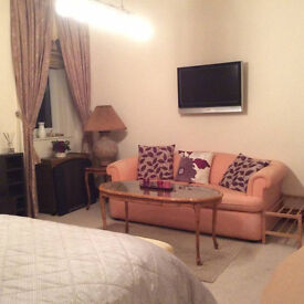 Large Double Room Available In Center Aberdeen