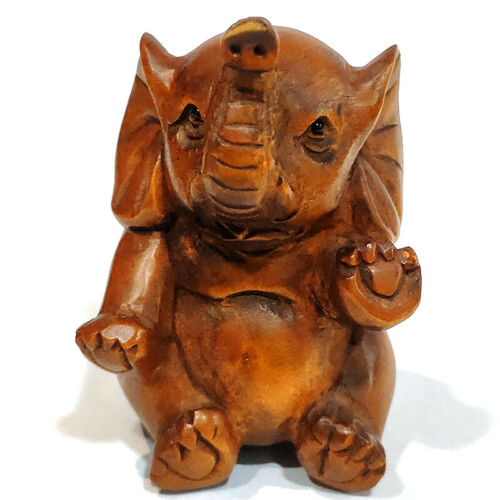 "Y7369 - 2"" Hand Carved Boxwood Netsuke Figurine Carving - Lovely Elephant"