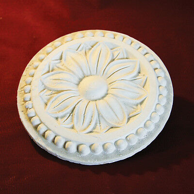 Ceiling Rose Centre Plaster Small for Hallways Kitchens Bathrooms 150mm