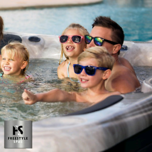 Freestyle 202se 6 seater Hot tub Brand New