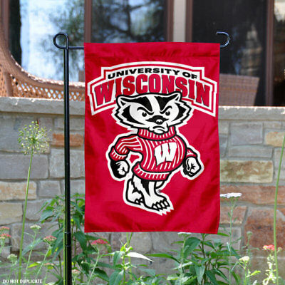 University of Wisconsin Badgers Garden Flag Yard Banner