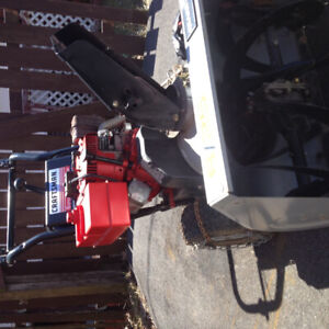 Snowblower needs tune up reduced to sell now$150 firm