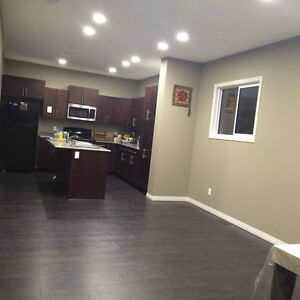 Rooms available for Rent in Walker lakes SW near all amenities