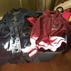 Divers Vêtements pour fille grandeur 5-6-7 ans