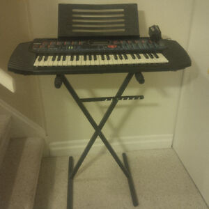 keyboard stand buy or sell pianos keyboards in ottawa kijiji classifieds. Black Bedroom Furniture Sets. Home Design Ideas