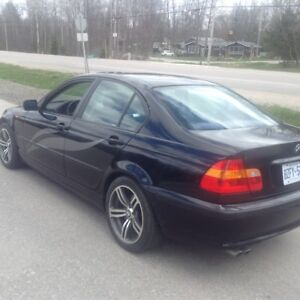 BLK BMW 2004 325i REDUCDED